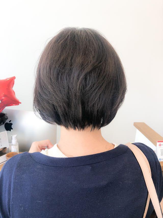 クセでうねる髪を大人前下がりボブにカット出来ますか?